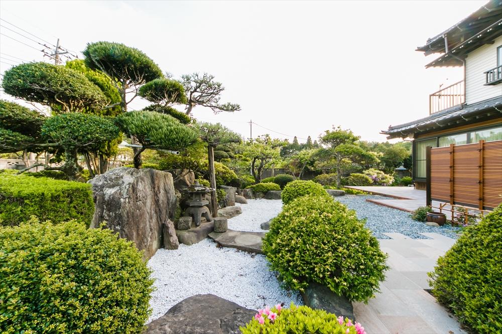趣のある和庭園